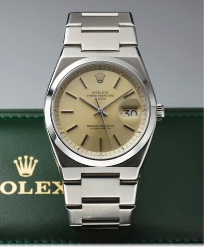 b4f4162c1d8 1530 OYSTER PERPETUAL DATE, STEEL.Rolex, Oyster Perpetual Date Superlative  Chronometer, Officially.Certified, case No. 5171011, Ref. 1530. Made circa  1977.