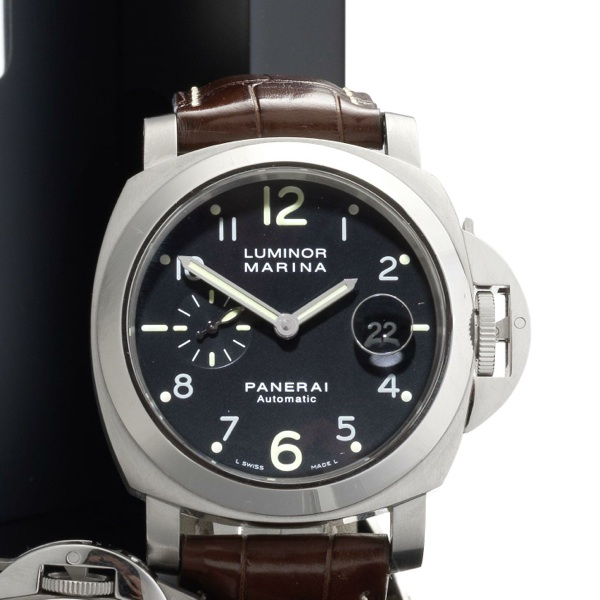 Panerai. A stainless steel automatic calendar wristwatch with box and papers dc25555eb